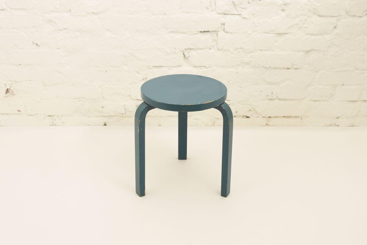 Aalto-Alvar-Stool60-turquoise-blue