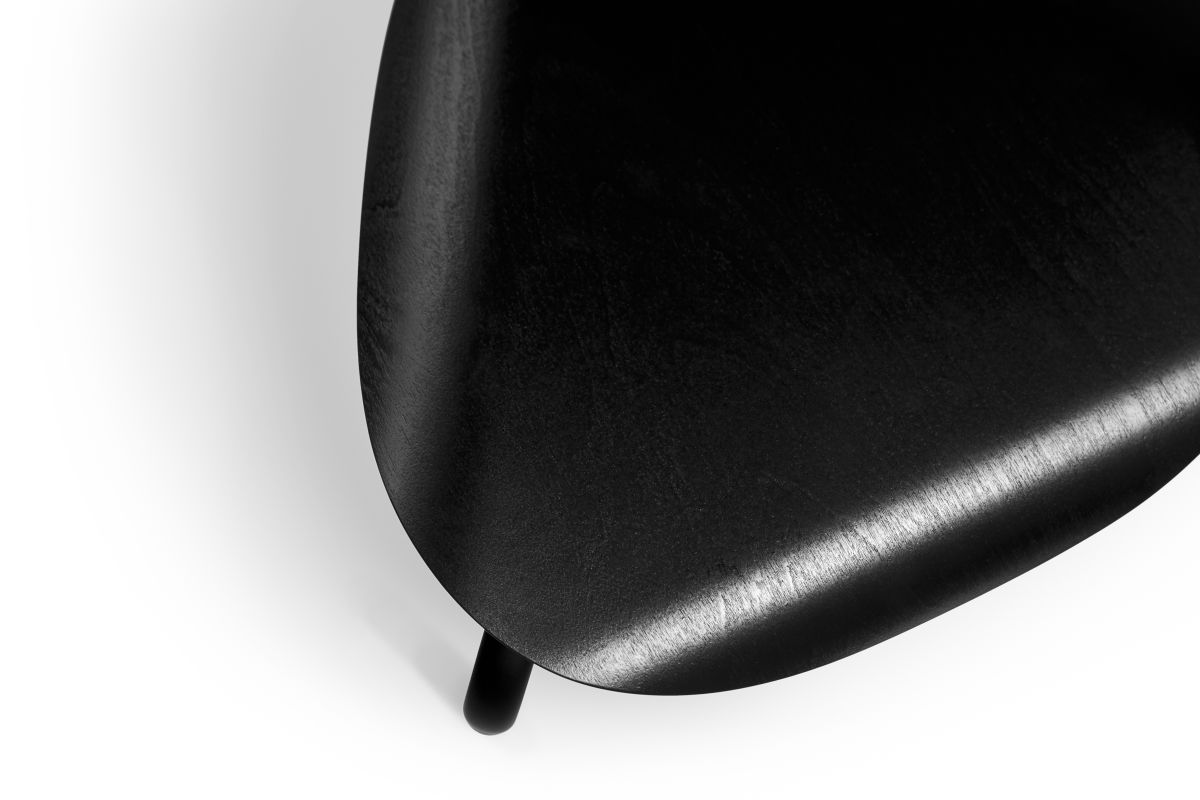 Lukki Stool black lacquer_detail2