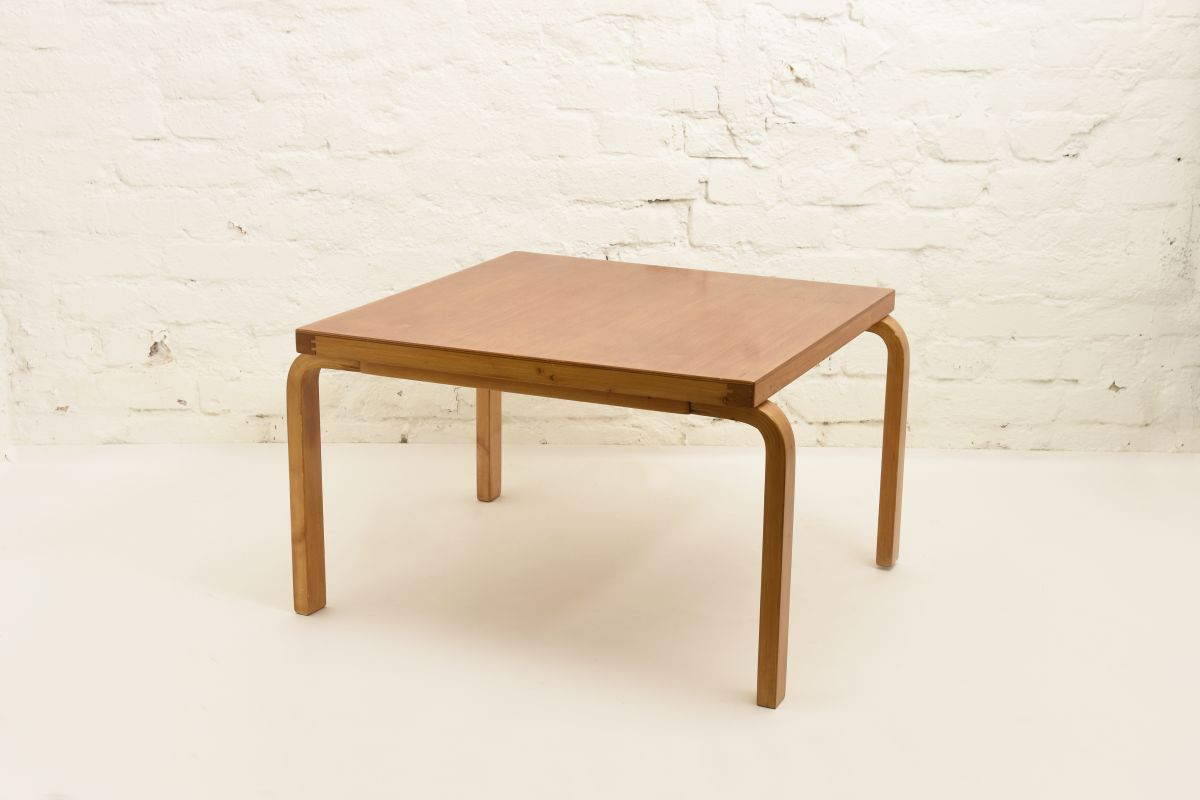 Aalto-Alvar-Sofa-Table-square