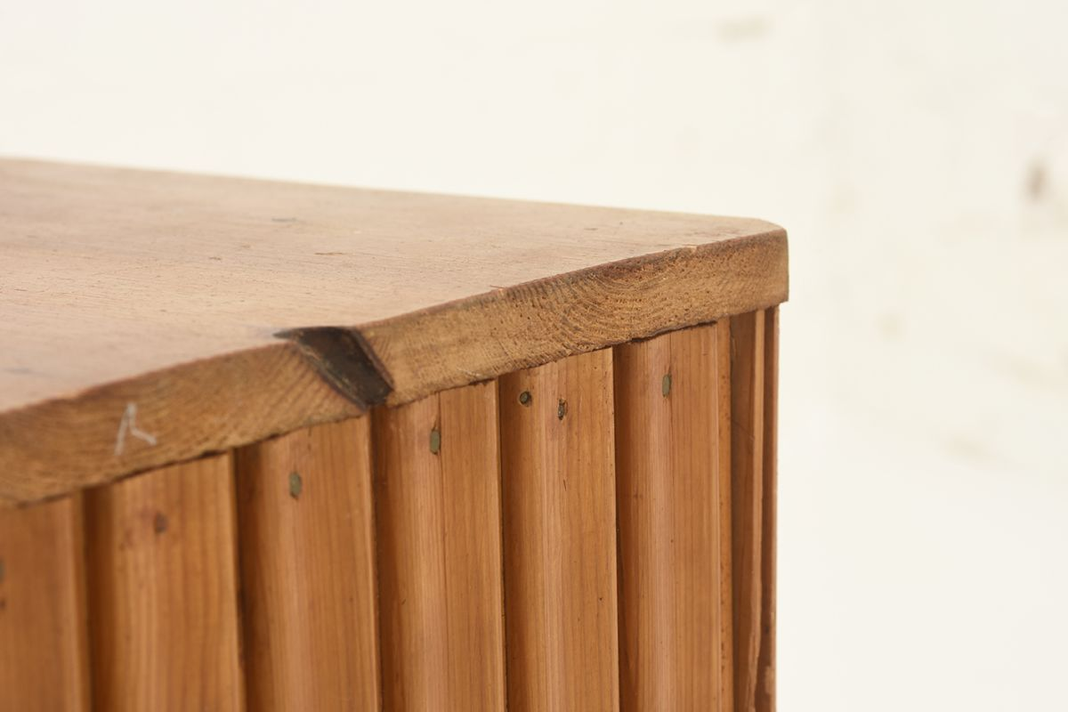 Anonymous-Flower-Table-pine_detail3