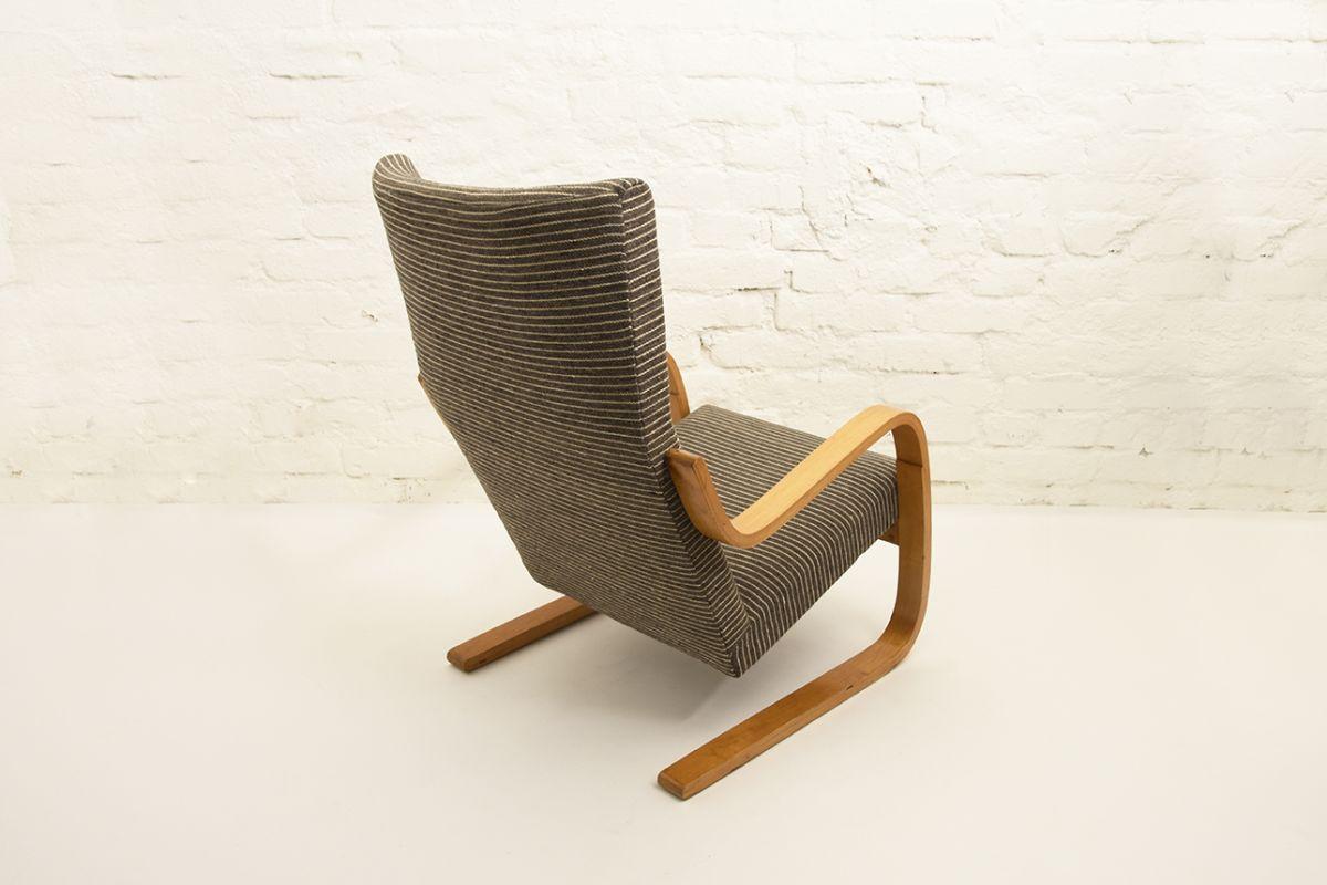 Aalto-Alvar-401-Armchair-gray-stripes_back