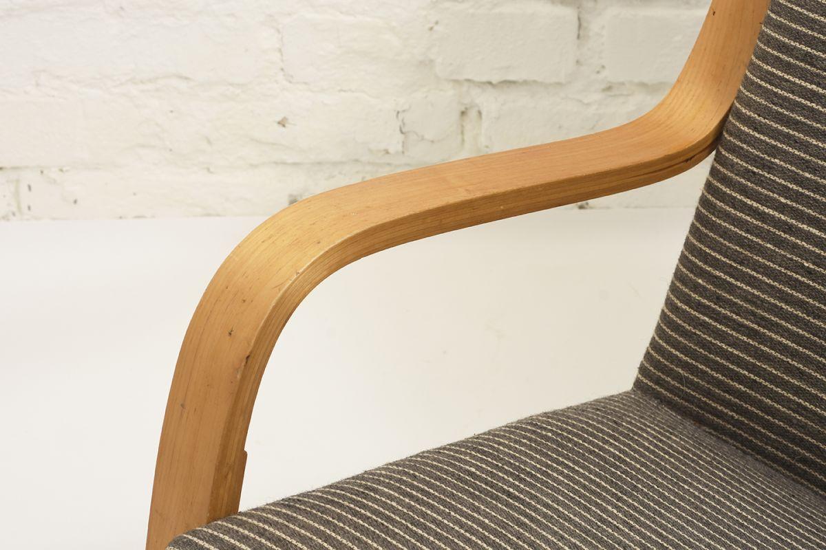 Aalto-Alvar-401-Armchair-gray-stripes_detail4