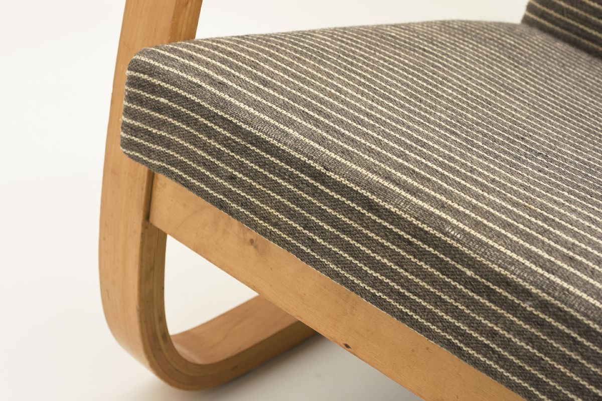 Aalto-Alvar-401-Armchair-gray-stripes_detail5