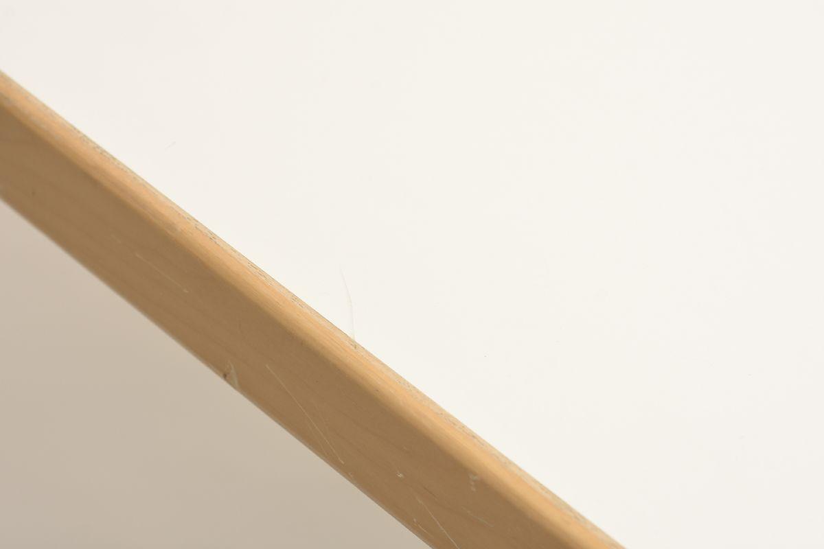Aalto-Alvar-Table A80-white-h63_detail2