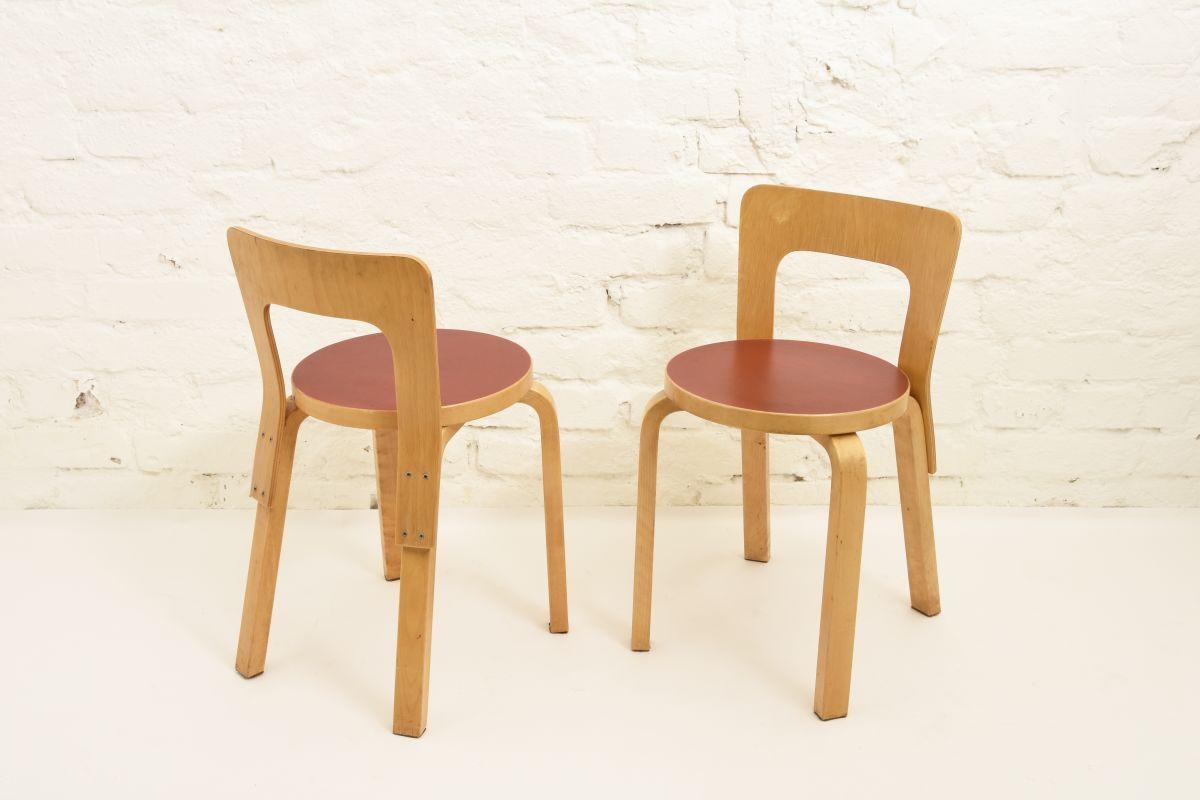 Aalto-Alvar-Chair65-Red-Linolium