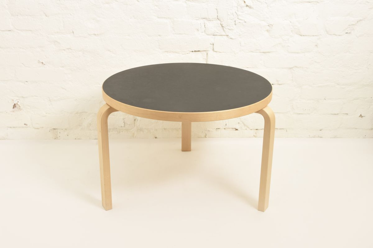 Aalto-Alvar-90b-Coffee-Table-Back