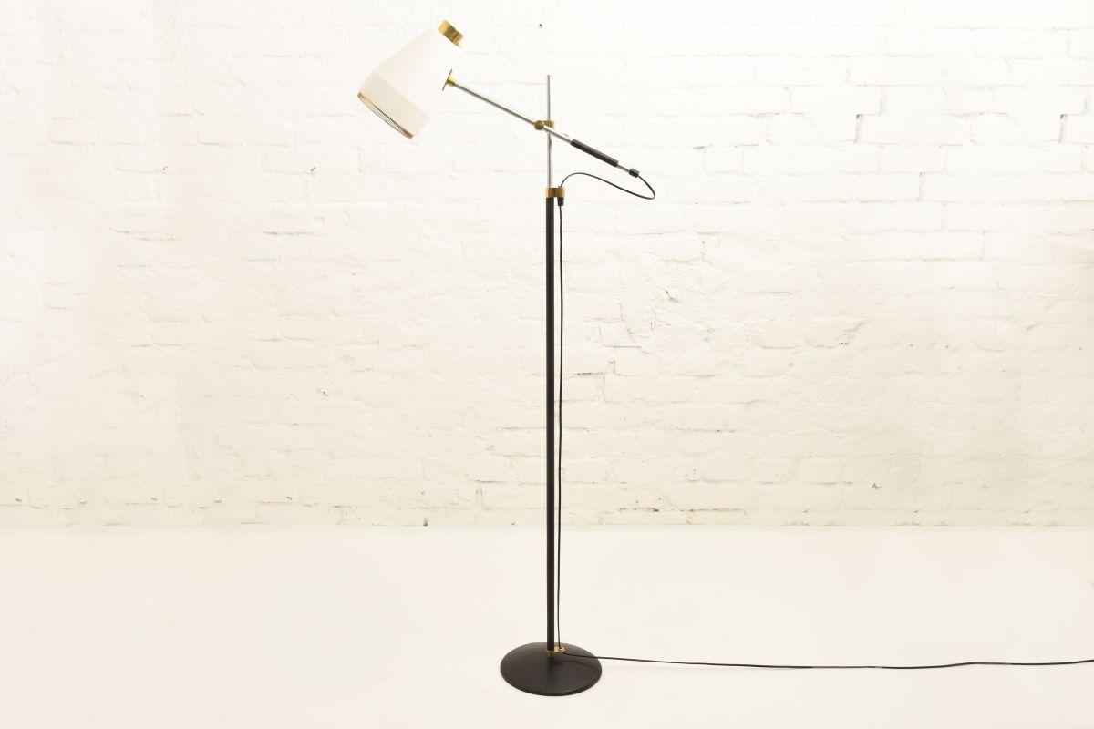 Hirvonen-Viljo-Floor-Lamp-801