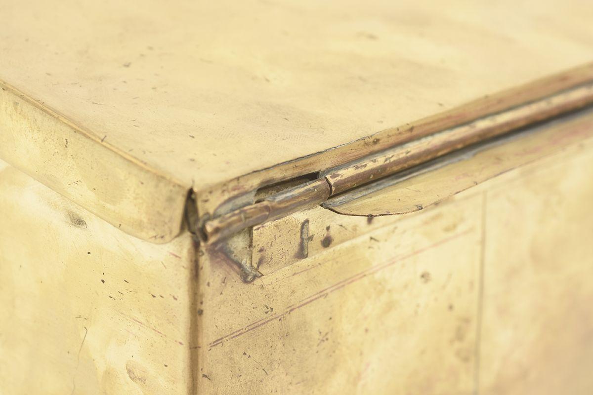 Tynell-Paavo-Brass-Box-Lidded_detail5