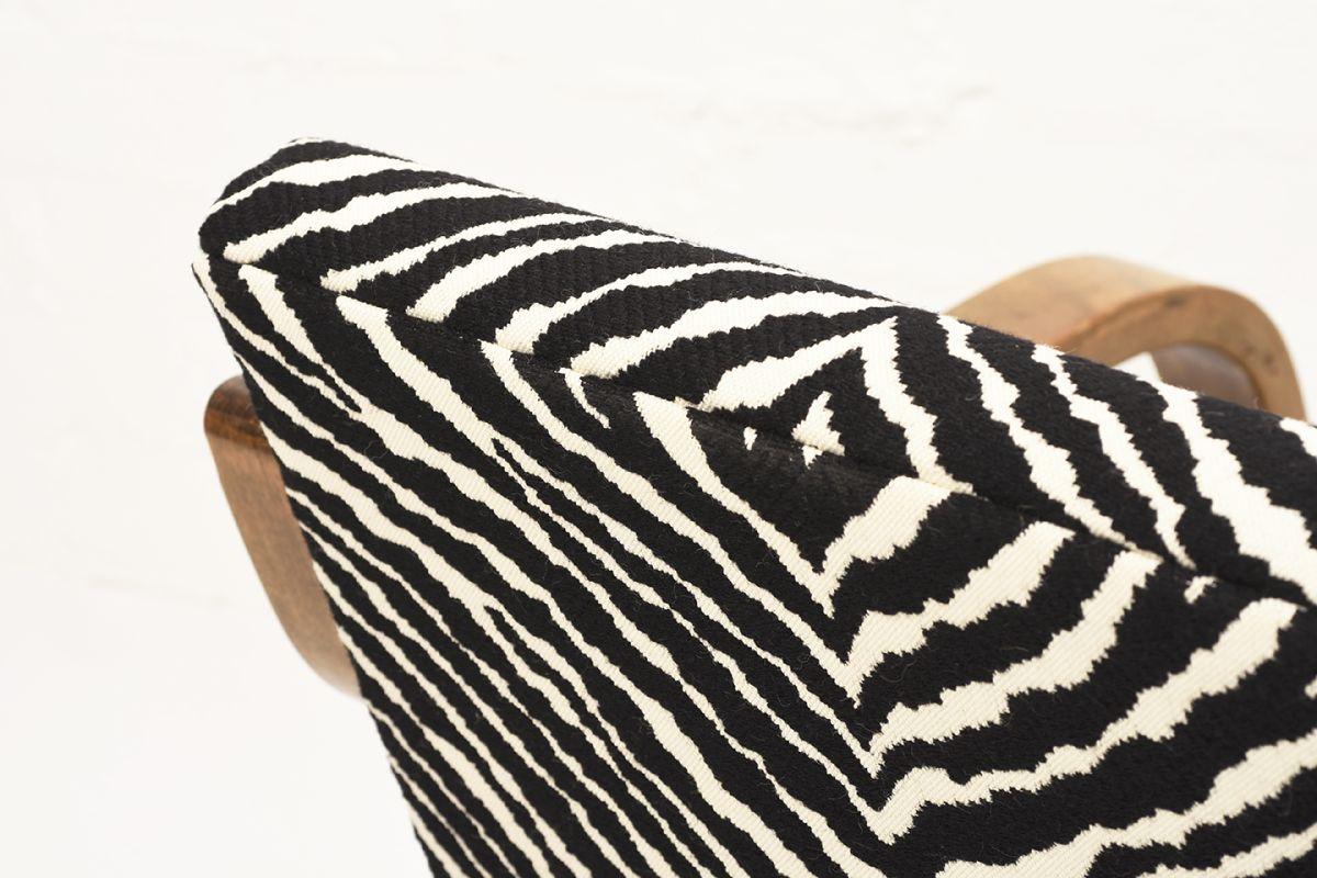 Aalto-Alvar-Armchair-402-Zebra_detail2