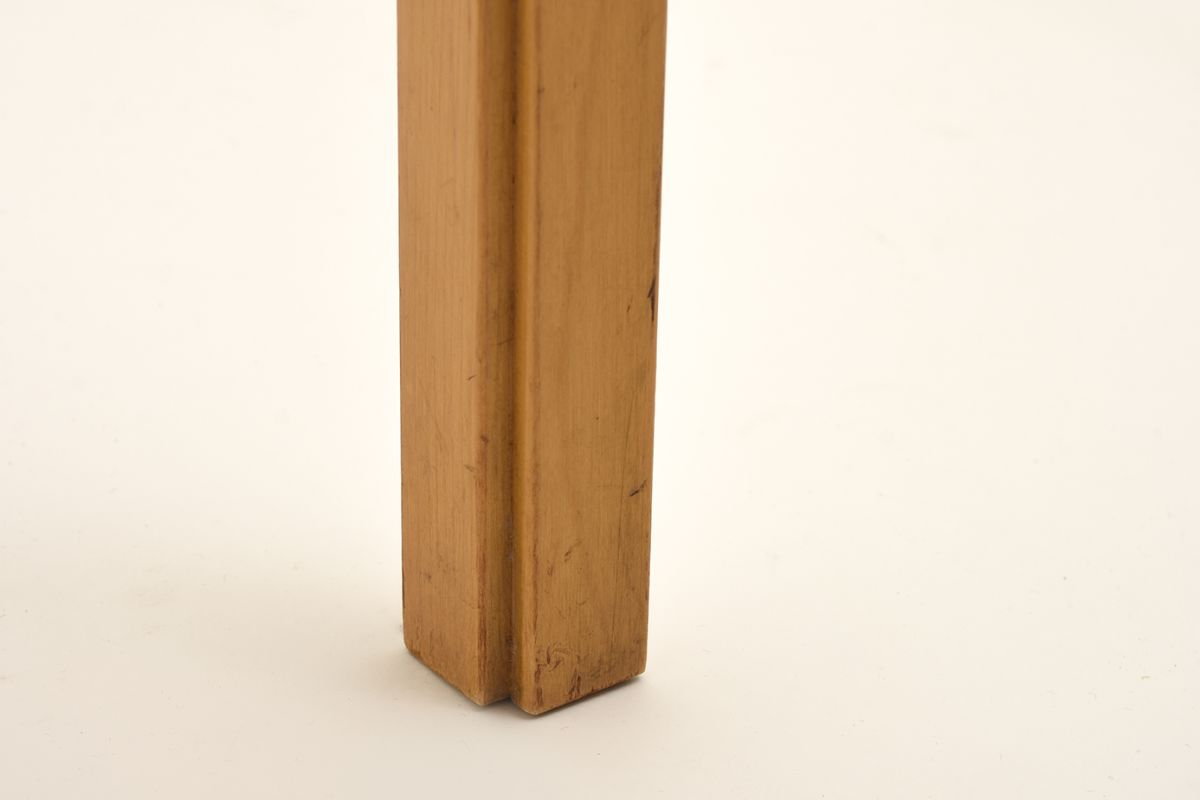 Aalto-Alvar-Stool-Y61-Natural-Leather_detail4