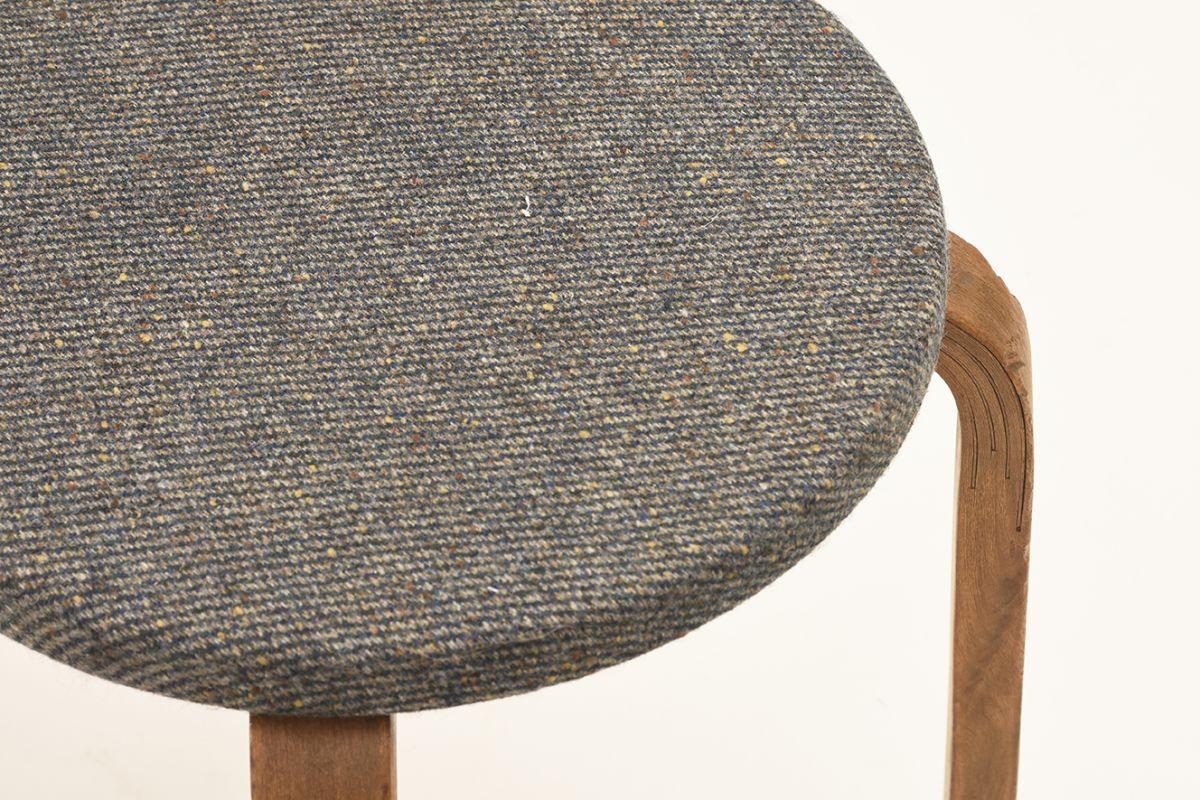 Aalto-Arvar-Chair68-Gray-Fabric-Seat_detai3