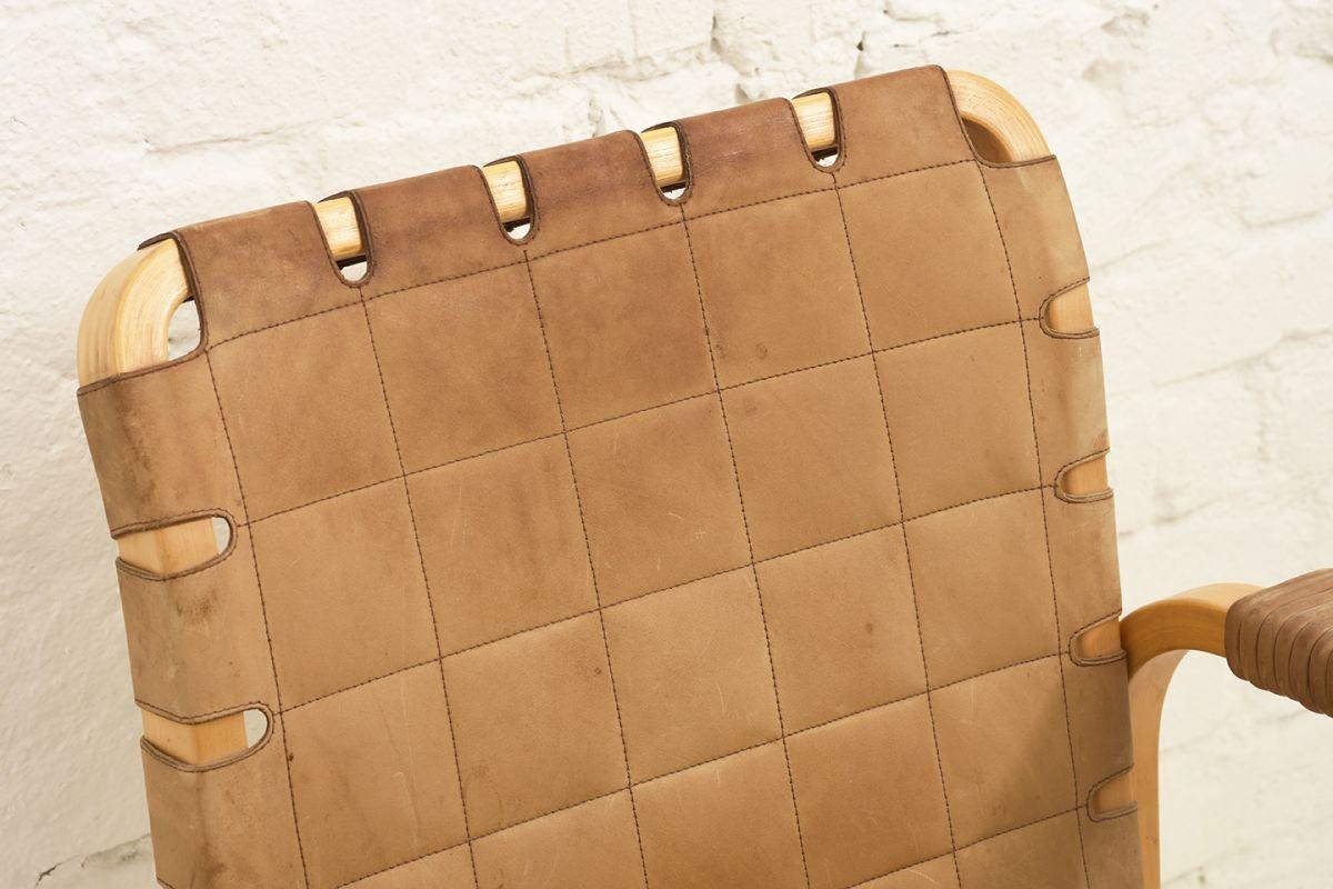 Aalto-Alvar-Chair-45-Cognac_detail1