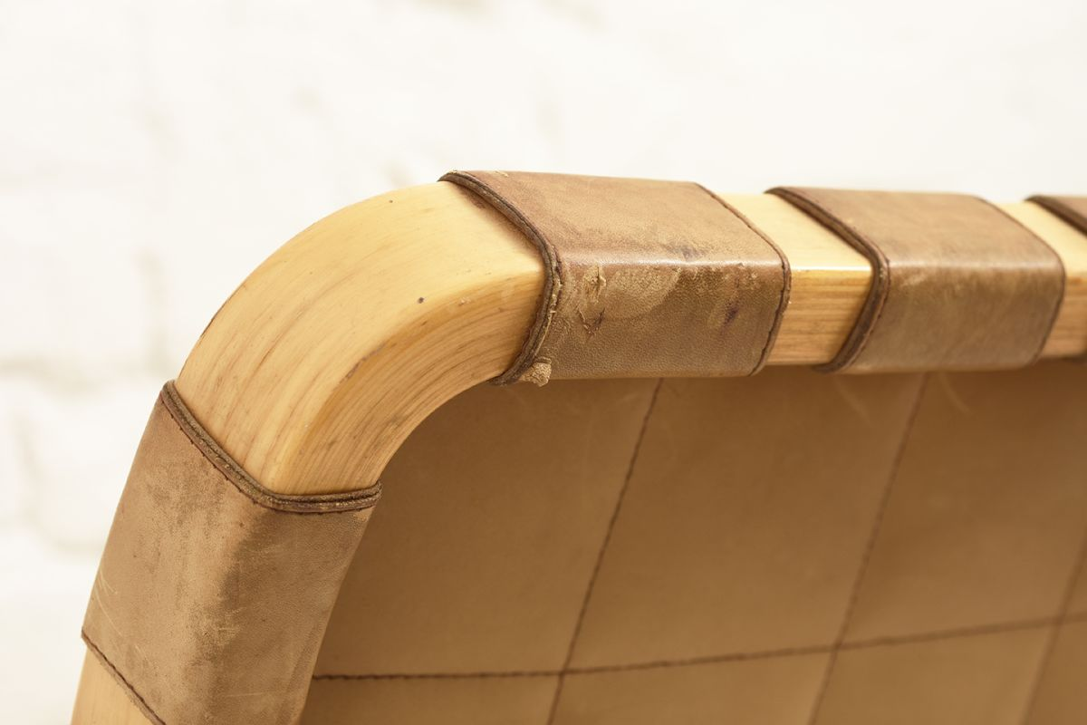Aalto-Alvar-Chair-45-Cognac_detail4