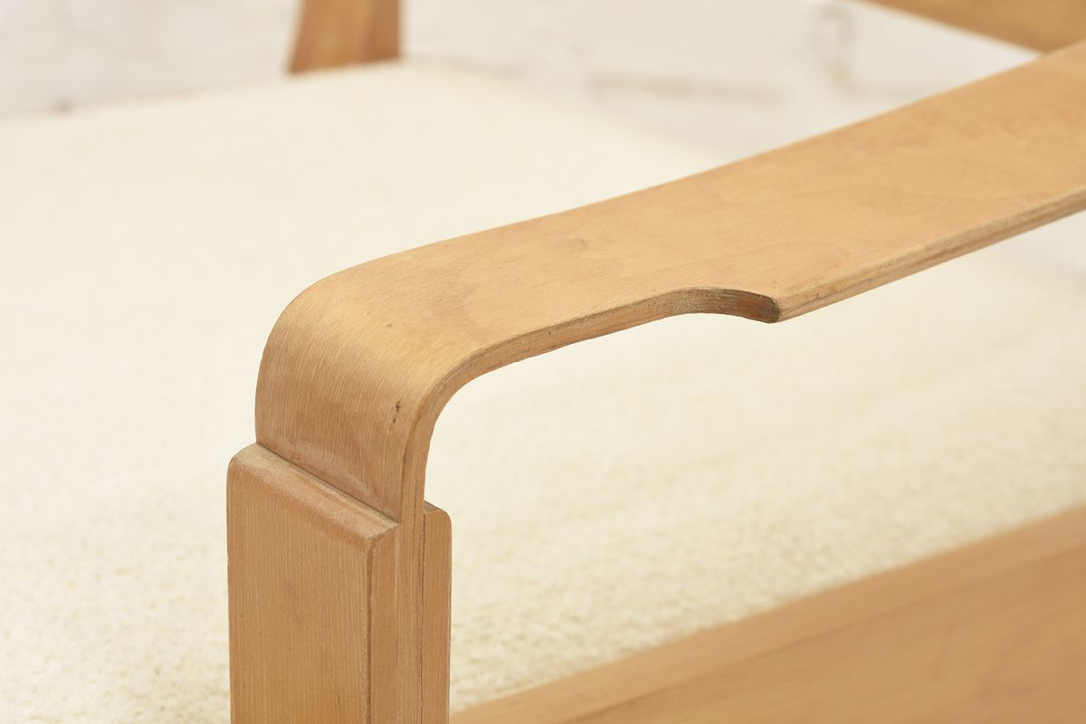 Mentula-Perttu-Wooden-Armchair_detail4