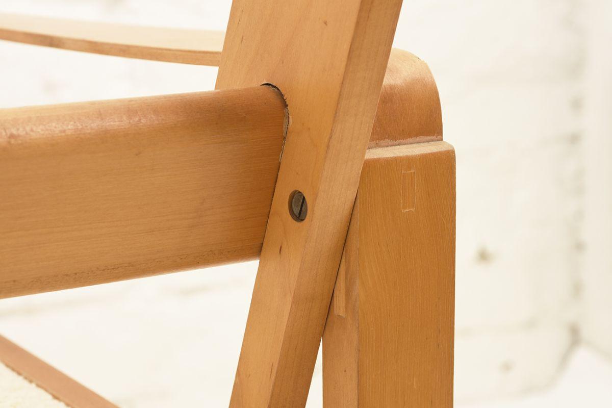 Mentula-Perttu-Wooden-Armchair_detail10