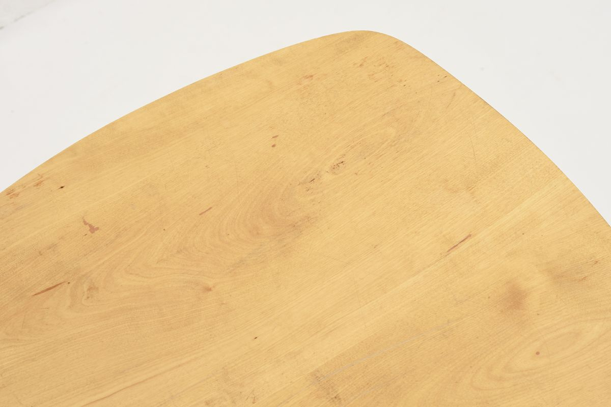 Tapiovaara-Ilmari-Side-Table-ellipse_detail1