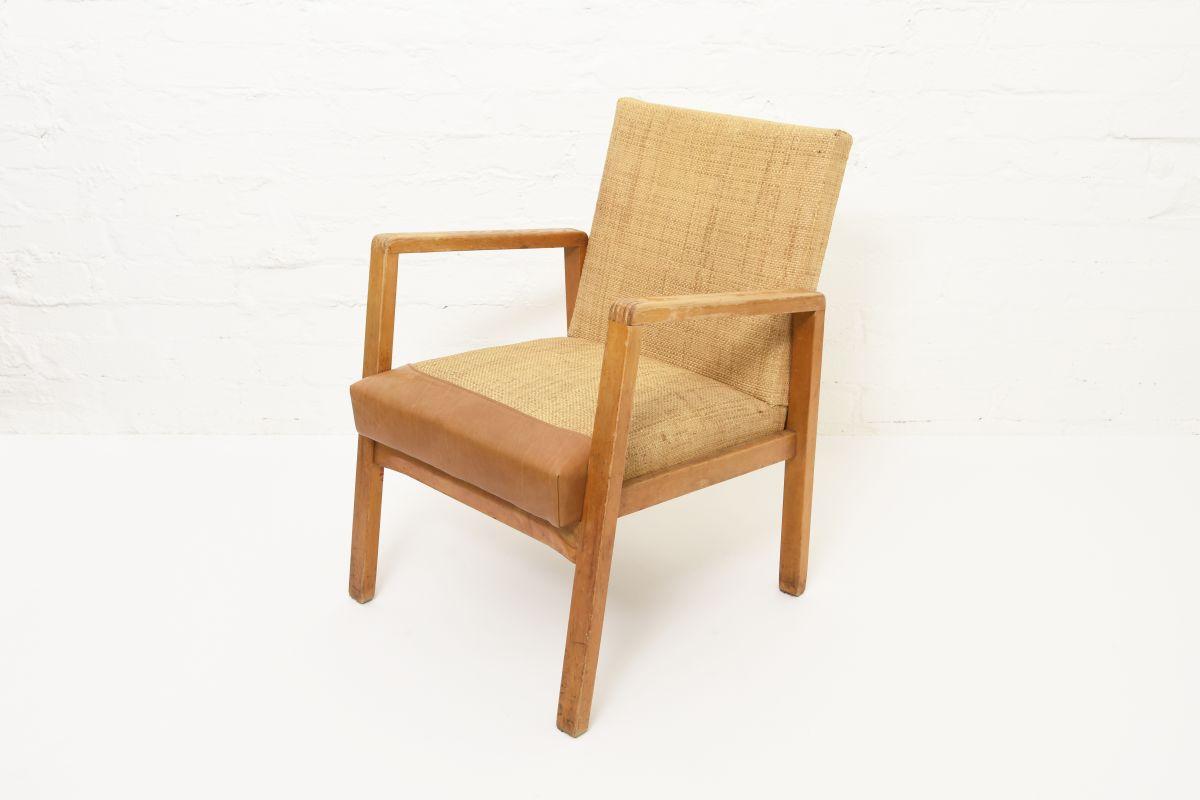 Aalto-Alvar-Hallway-Chair-Leather-Canewave