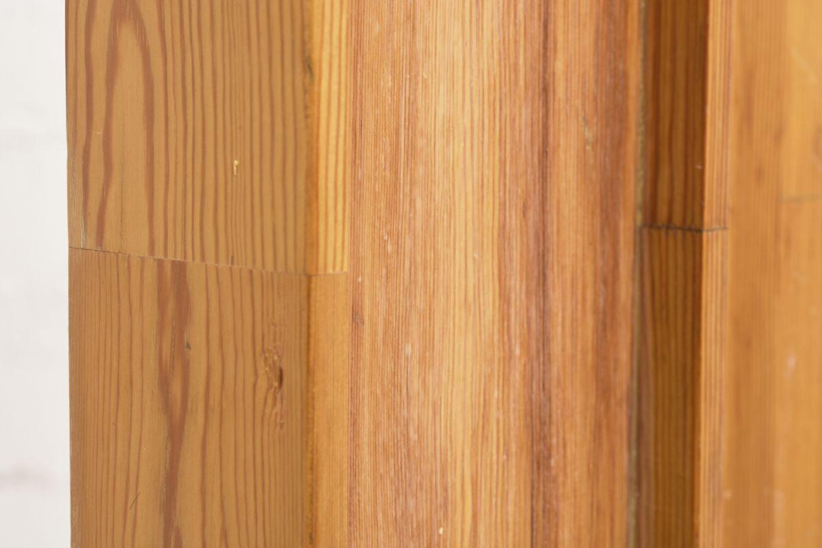 Tapiovaara-Ilmari-Wooden-Church-Relief_detail6