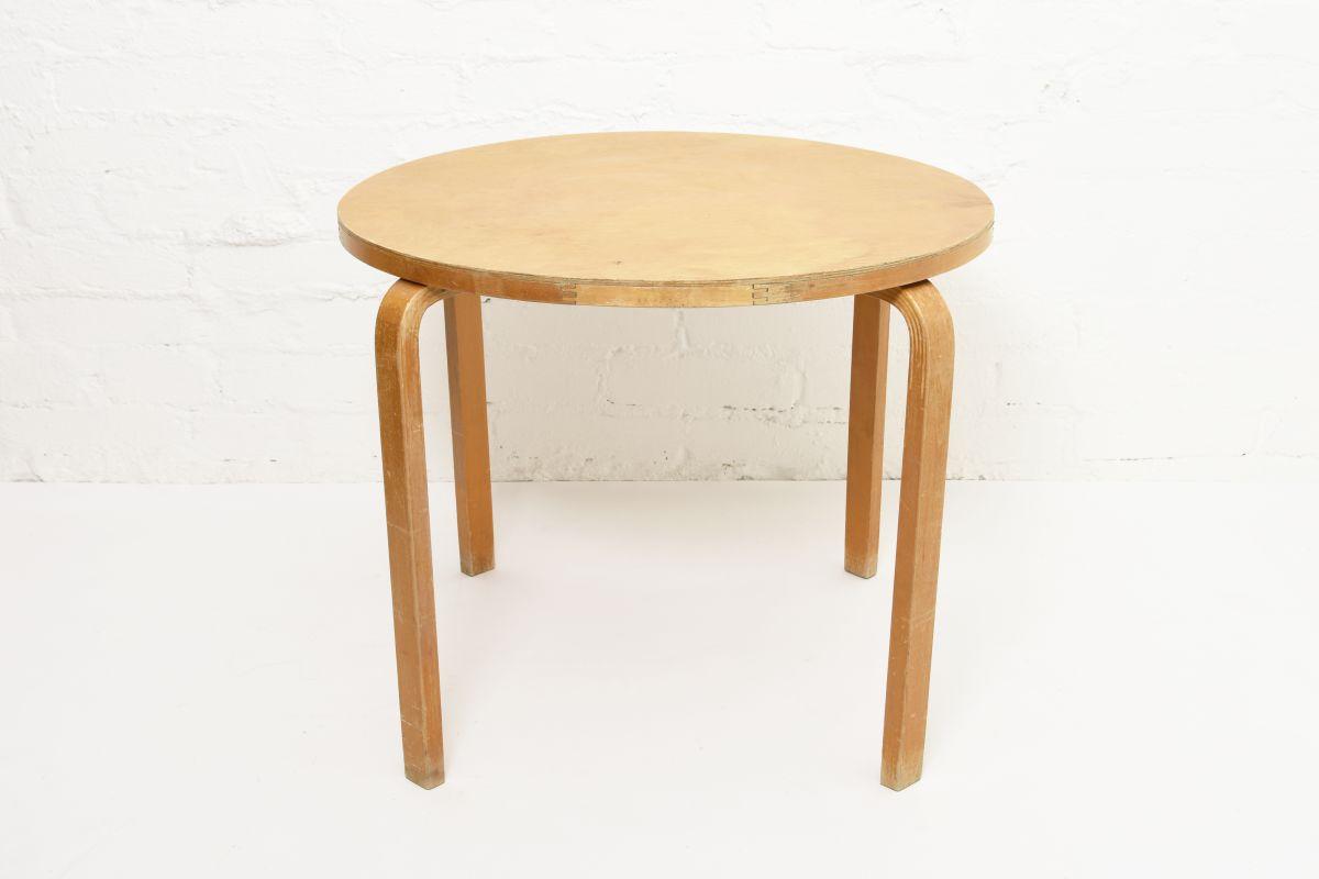 Aalto-Alvar-Club-Table-Birch_d72.5