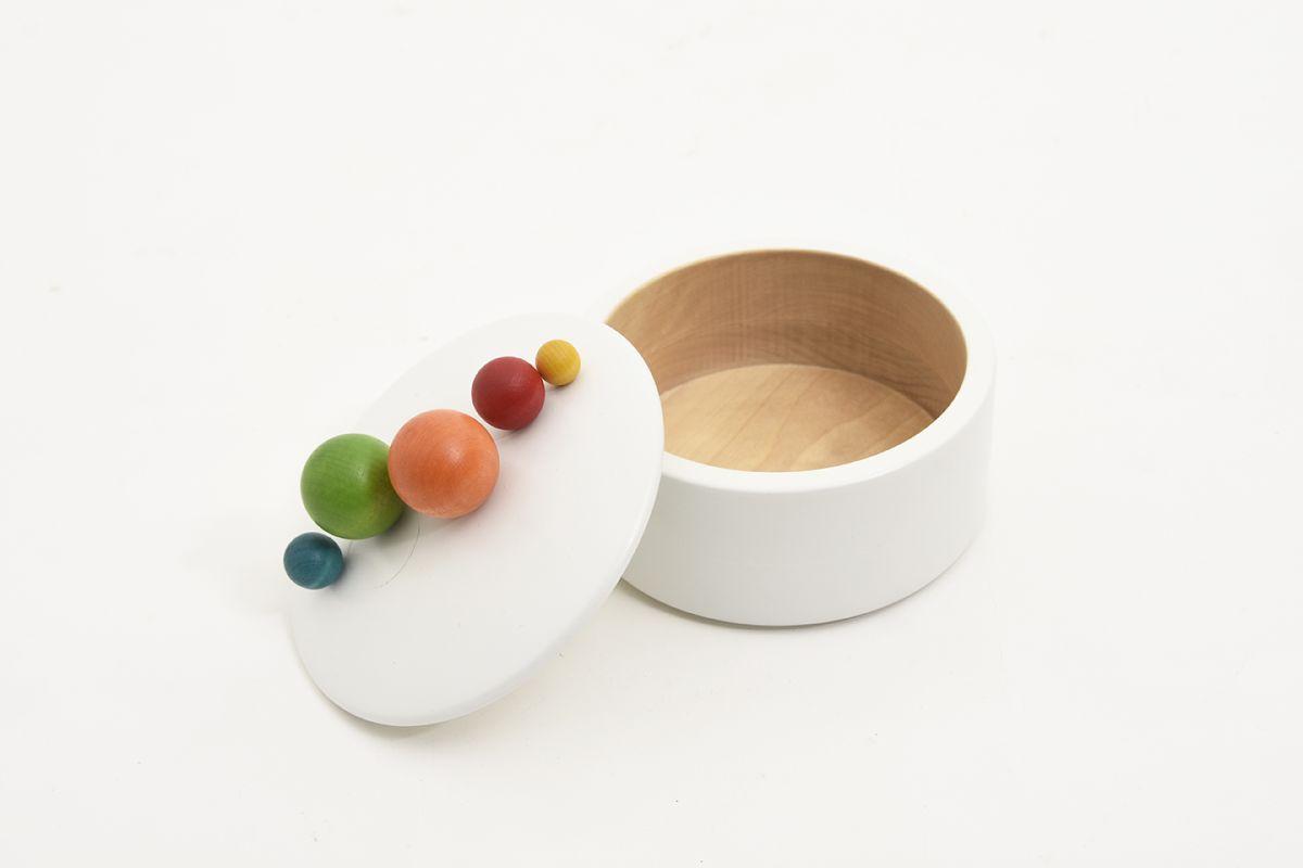 Aarikka-Wooden-Decorative-Container_open