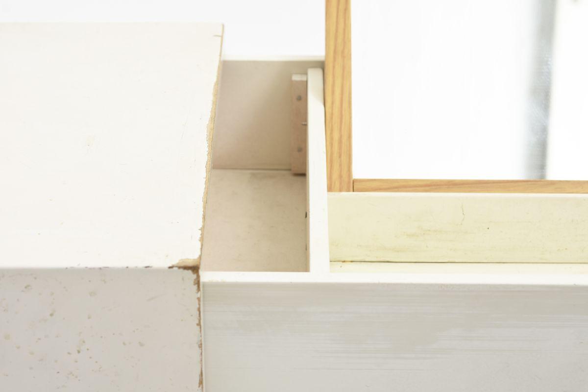 Artek-Wooden-Drawer-With-Mirror_detail9