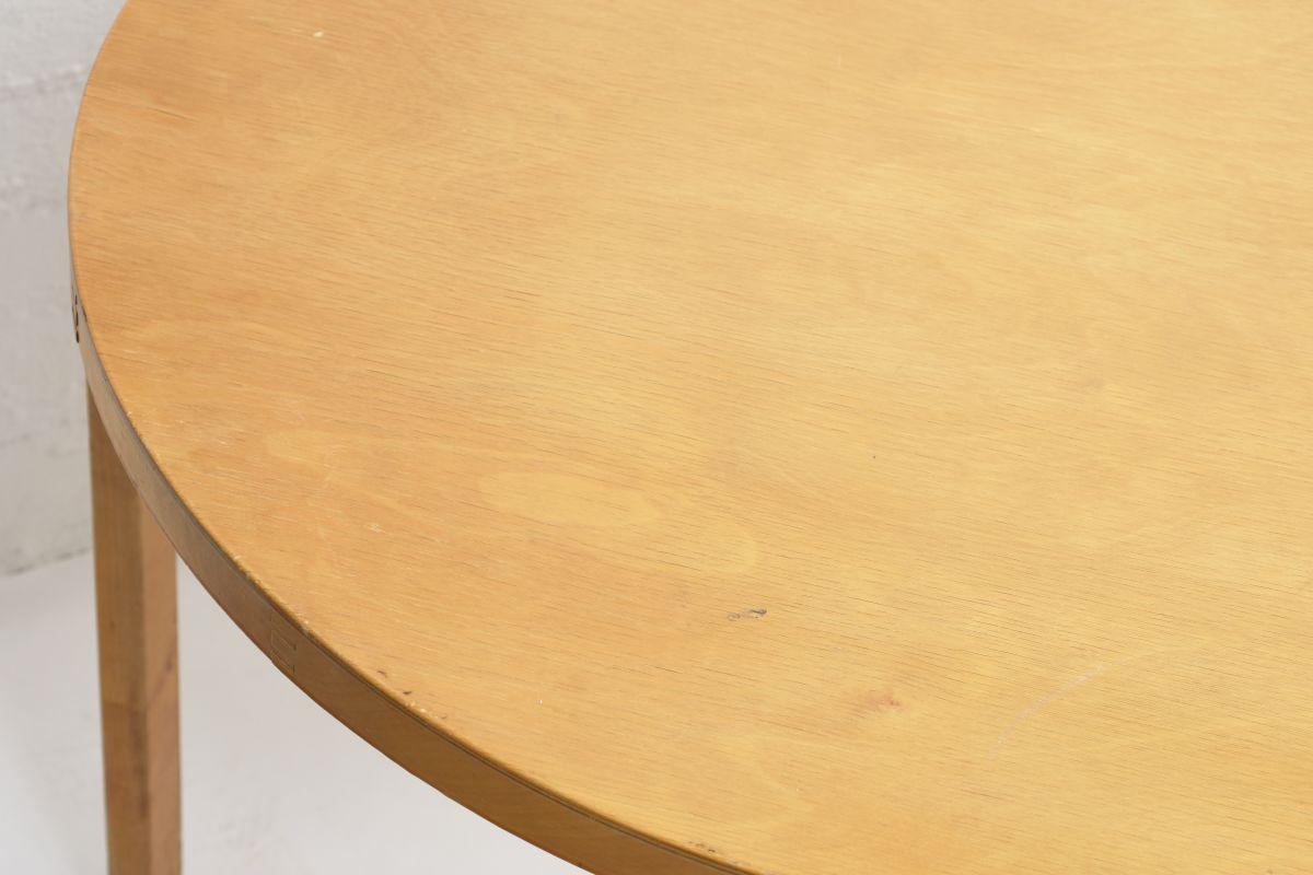 Aalto-Alvar-Birch-Dining-Table-30s_detai3