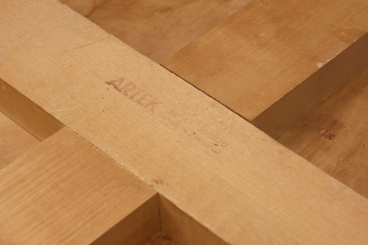 Aalto-Alvar-Birch-Dining-Table-30s_detai8