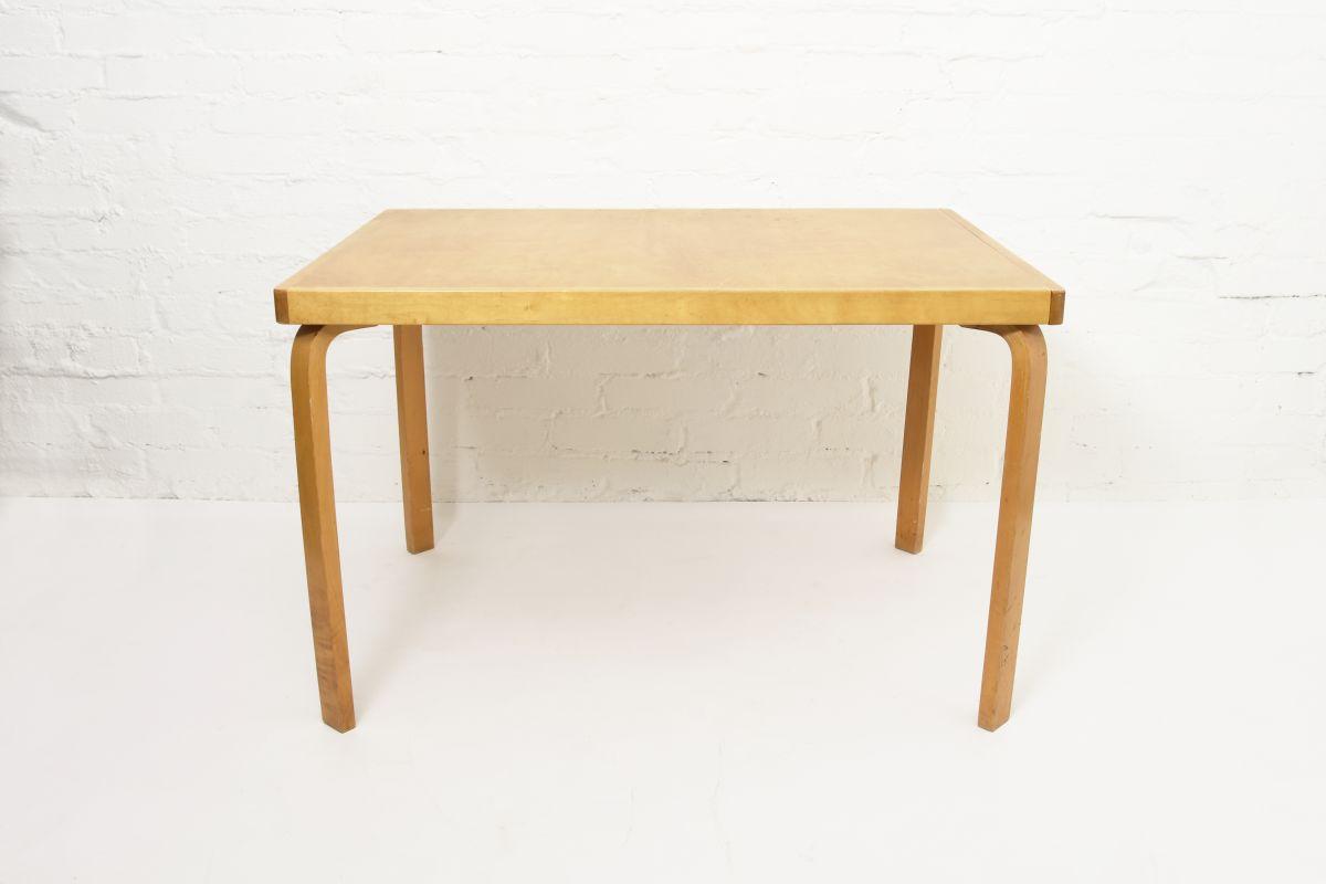 Aalto-Aino-Extendable-Table