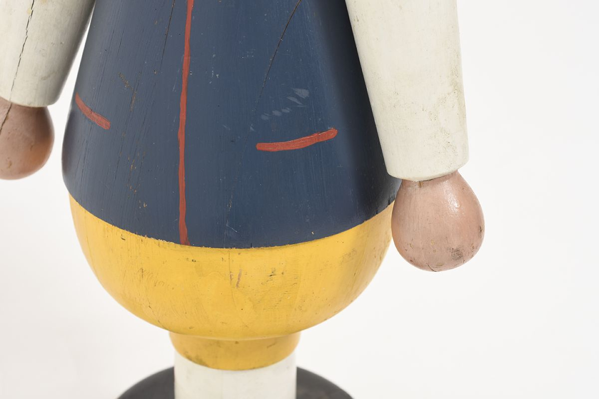 Anonymous-Wooden-Doll-With-Hat_detail6