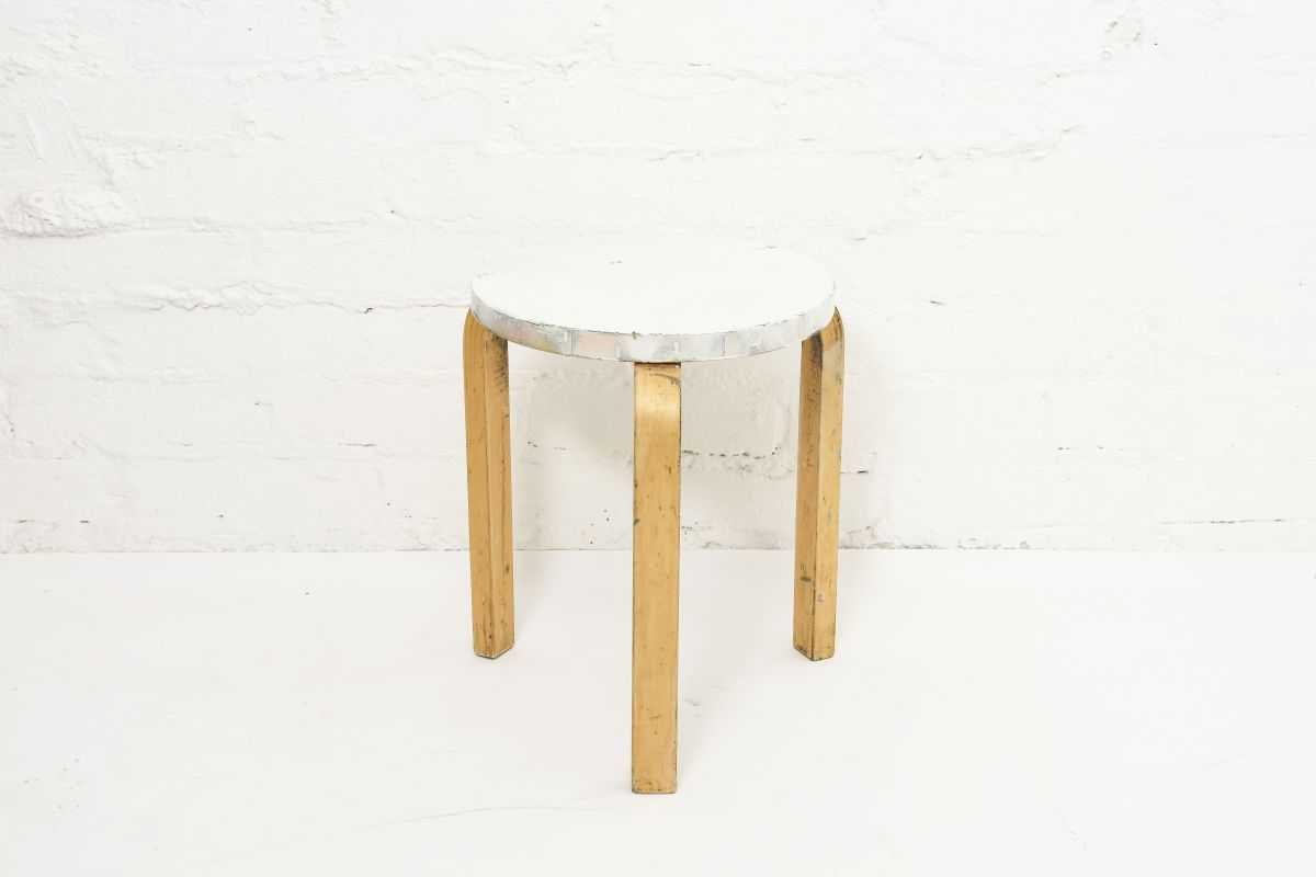 Aalto-Alvar-Painted-Stool60-White-Birch