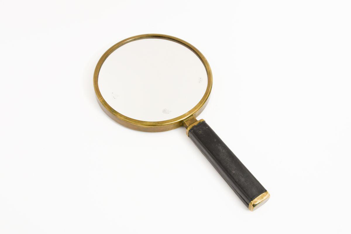 Heikinheimo-Maija-Hand-Mirror-Leather-Brass