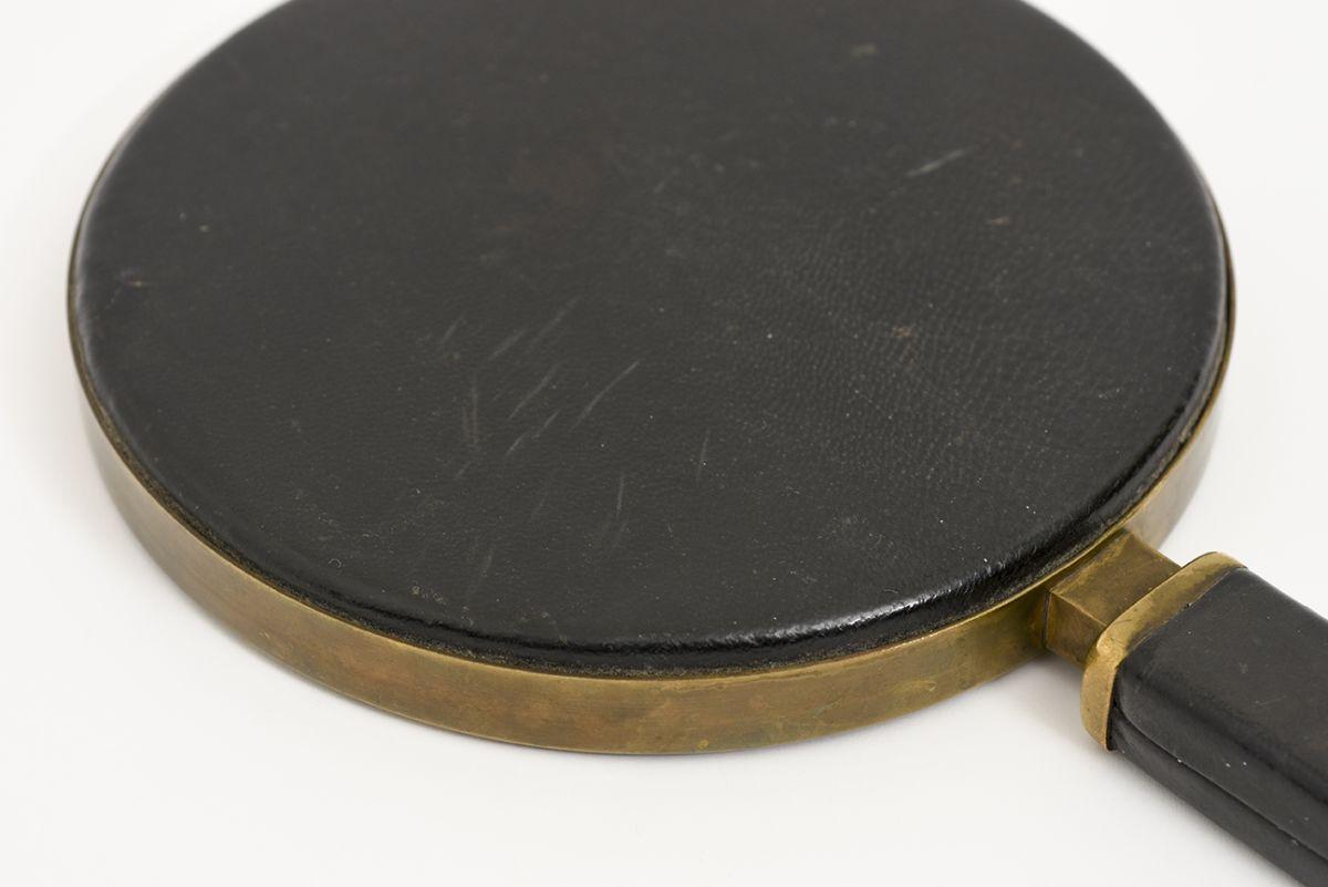 Heikinheimo-Maija-Hand-Mirror-Leather-Brass_detail6
