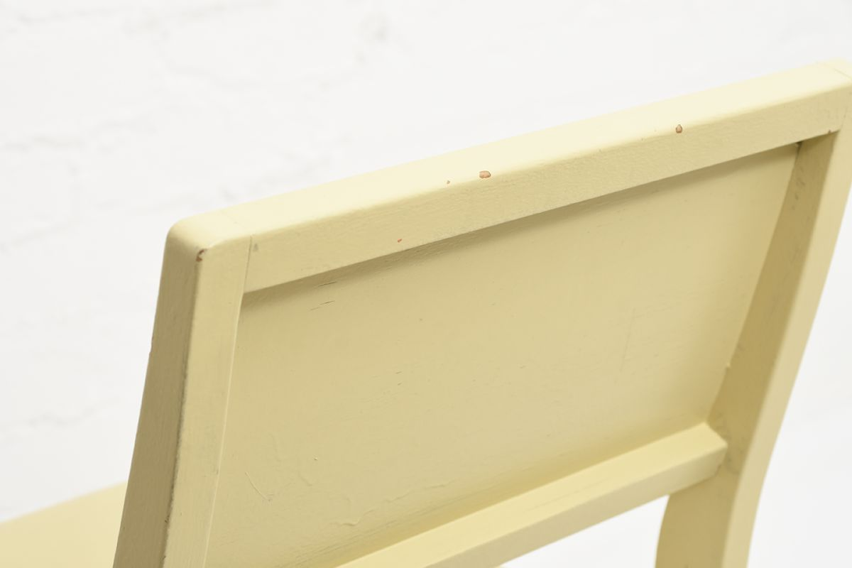 Aalto-Alvar-Chair-611-Painted_detail3