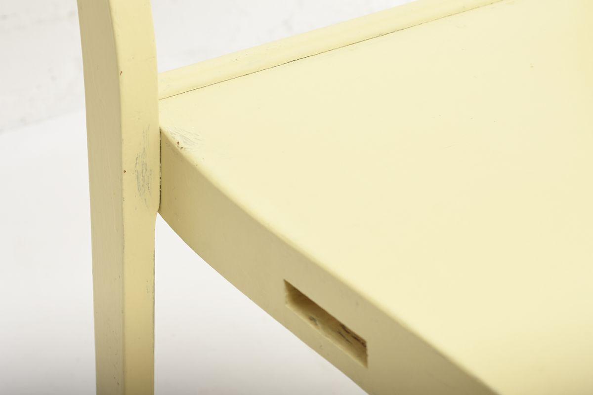Aalto-Alvar-Chair-611-Painted_detail8