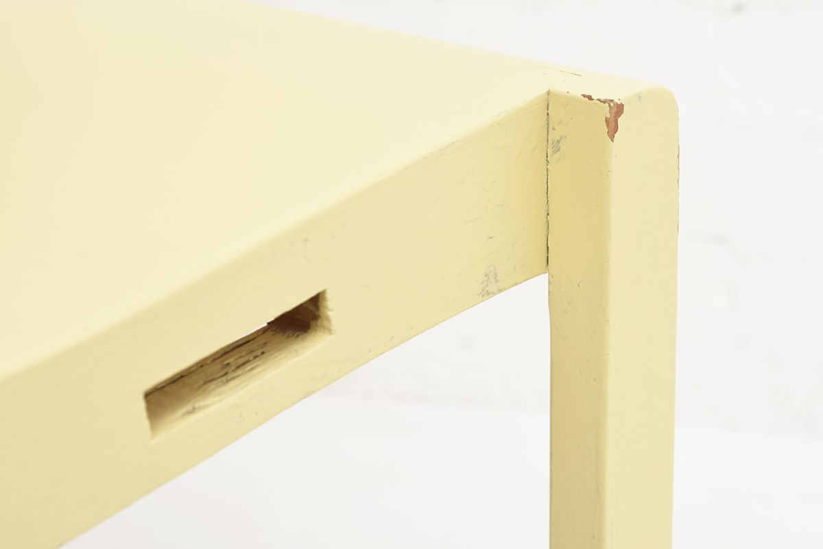 Aalto-Alvar-Chair-611-Painted_detail9