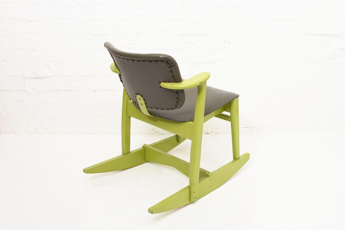 Tapiovaara-Ilmari-Domus-Chair-Rocking_back
