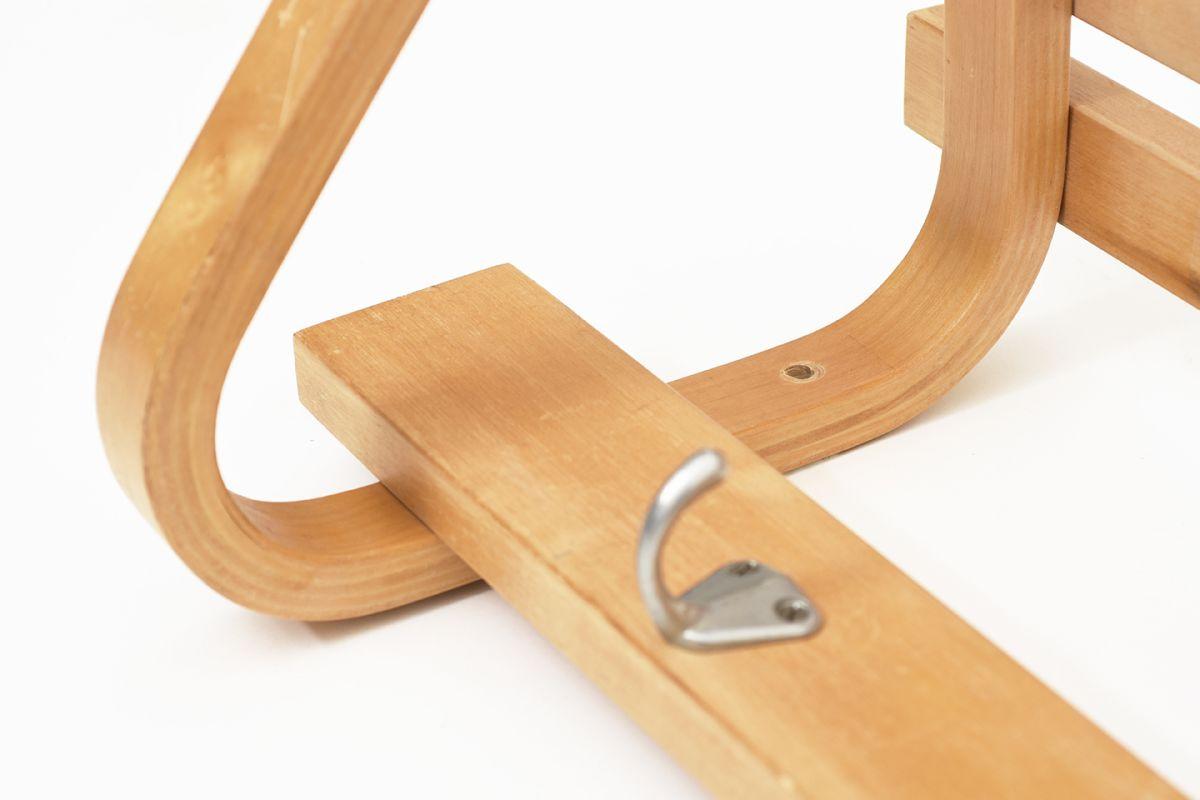Aalto-Alvar-Long-Coat-Rack-1940-50_detail4