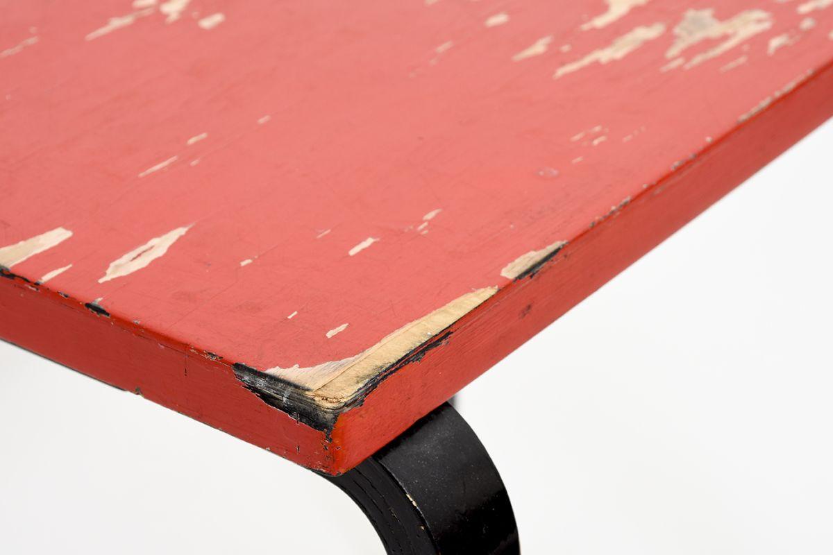 Aalto-Alvar-Painted-Side-Table-Red-Brack_detail4
