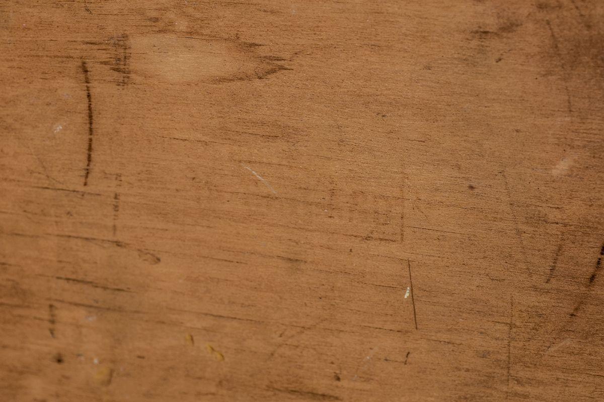 Aalto-Alvar-Painted-Side-Table-Red-Brack_detail8