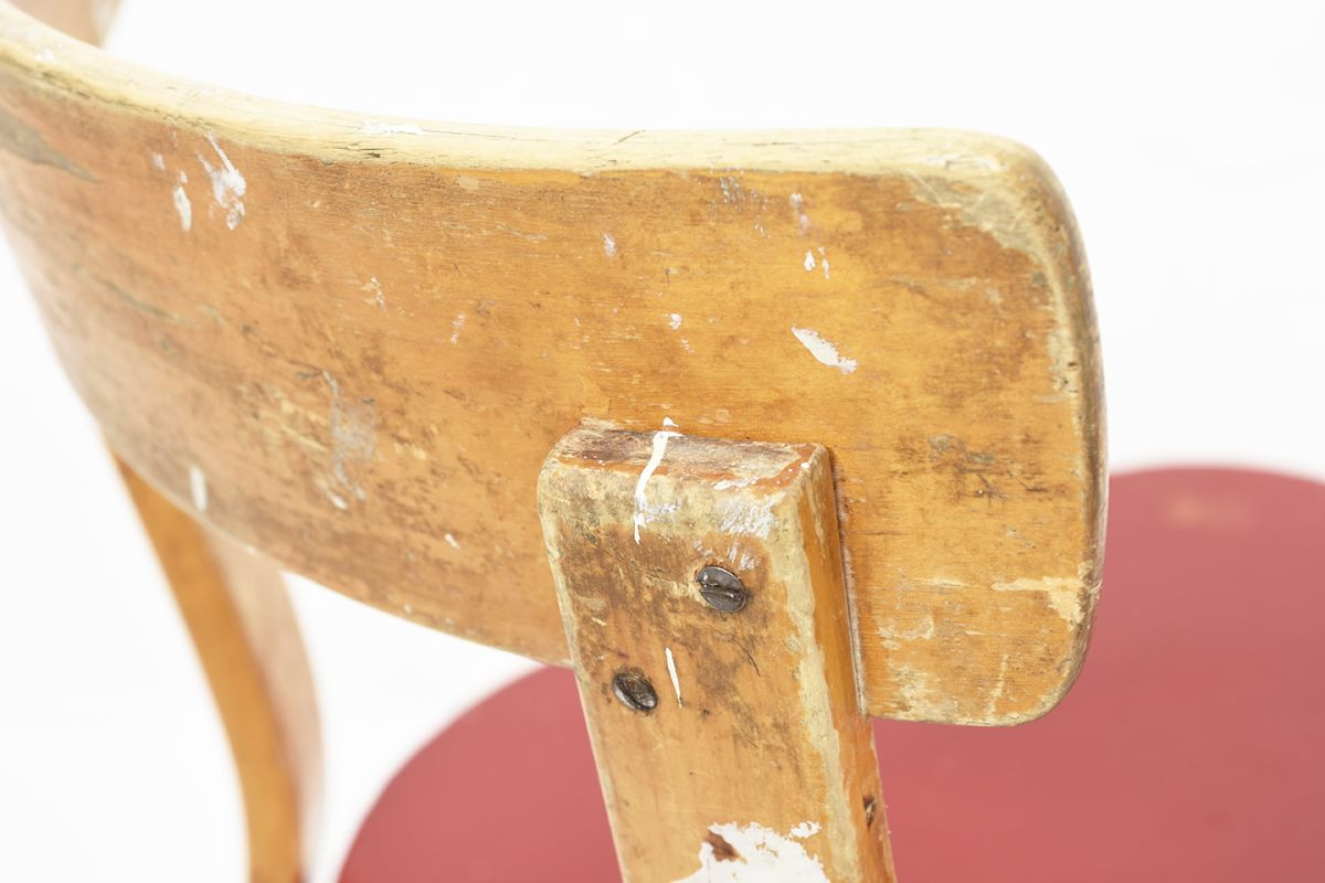 Aalto-Alvar-Chair-69-Painted-Red-Seat_detail4