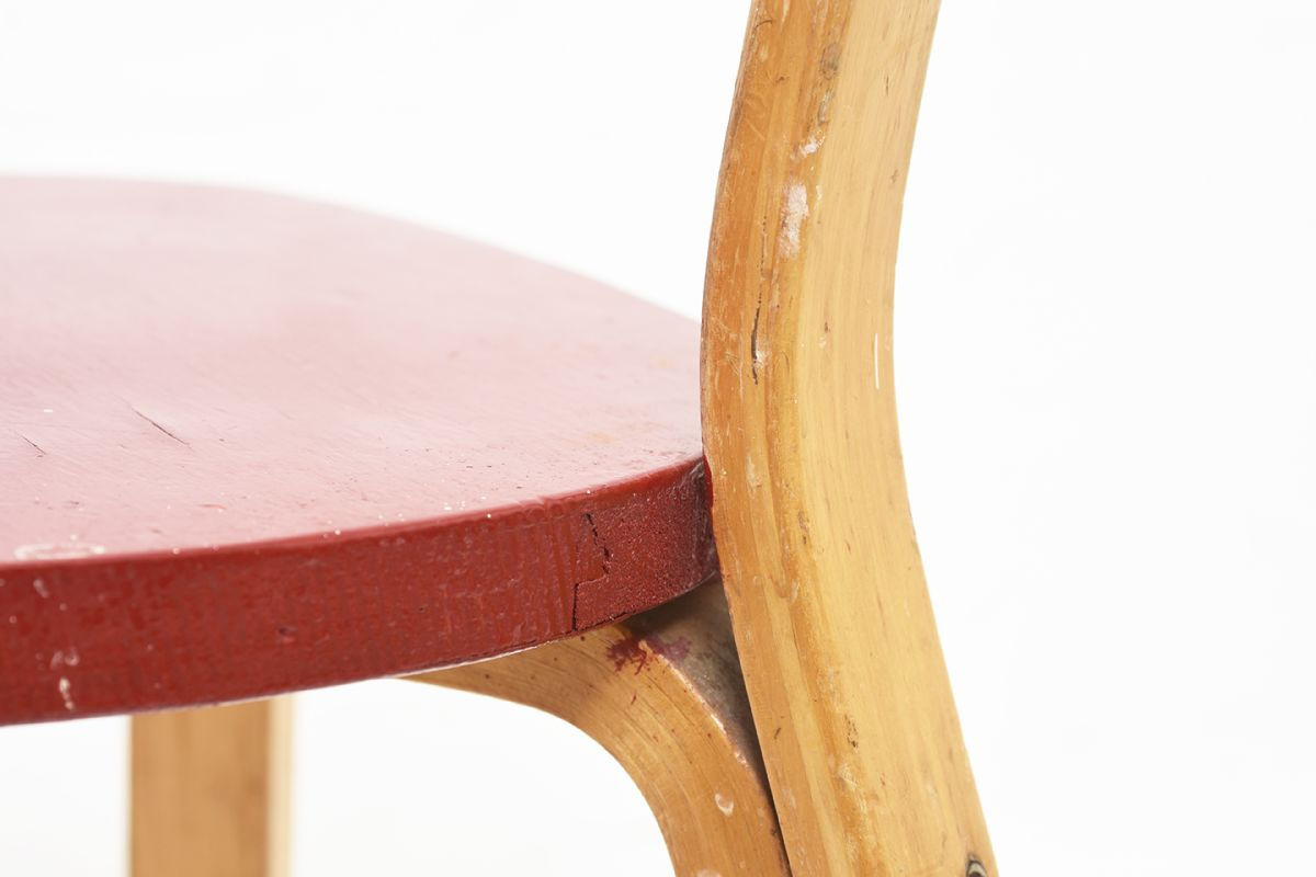 Aalto-Alvar-Chair-69-Painted-Red-Seat_detail8