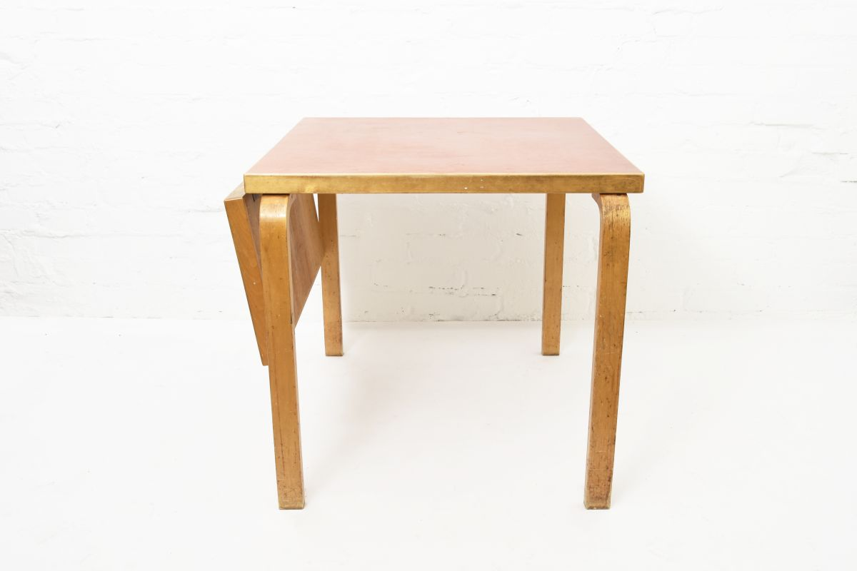 Aalto-Alvar-Drop-Leaf-Table-Red-Linoleum