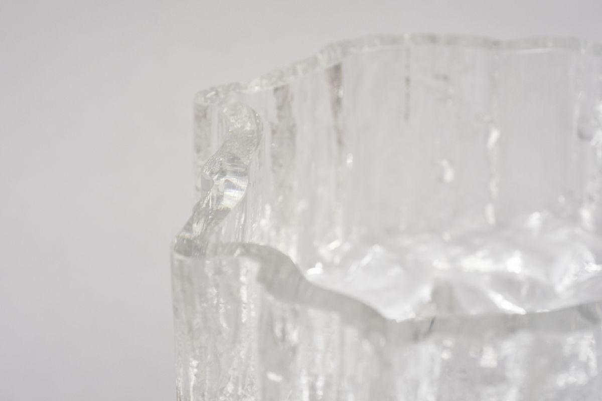 Wirkkala-Tapio-Glass-Vase_detail2