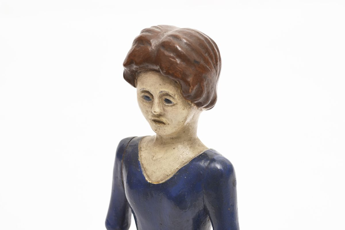 Anonymous-Wooden-Sclupture-Woman-With-Flower_detail1