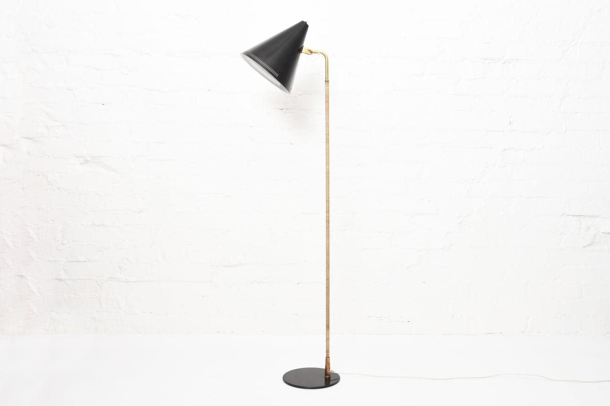 Tynell-Paavo-Idman-Floor-Lamp-Black-Shade