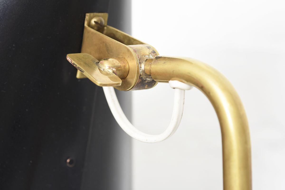 Tynell-Paavo-Idman-Floor-Lamp-Black-Shade_detail5