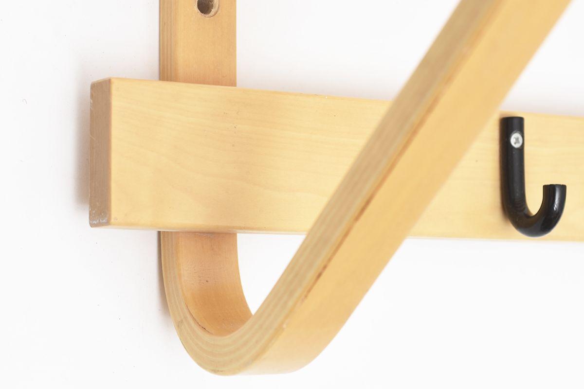 Aalto-Alvar-Coat-Rack-Black-Hock_detail5