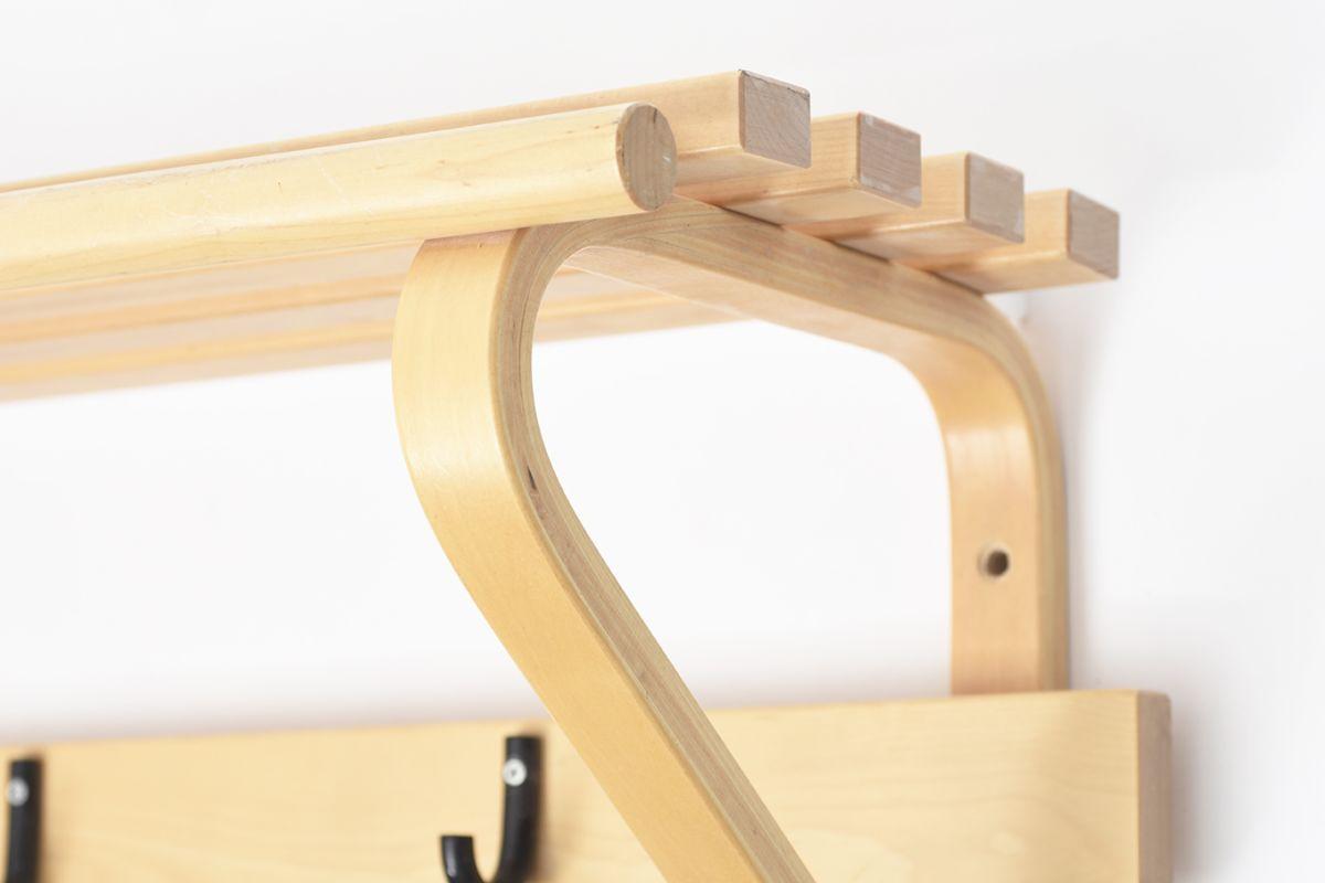 Aalto-Alvar-Coat-Rack-Black-Hock_detail6