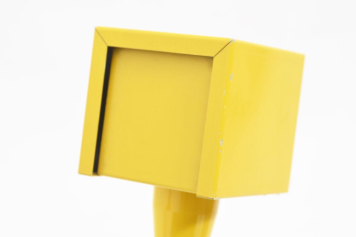 Jakobsson-Hans-Agne-Table-Lamp-Yellow_detail3