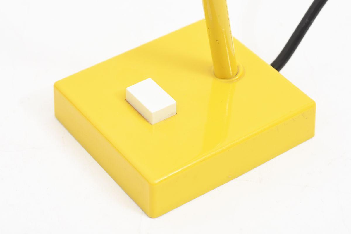Jakobsson-Hans-Agne-Table-Lamp-Yellow_detail7